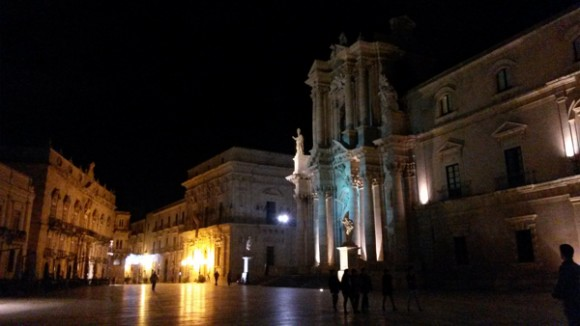 Ortigia piazza