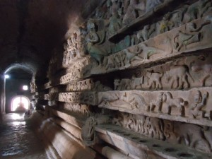 Mrauk Oo carvings W